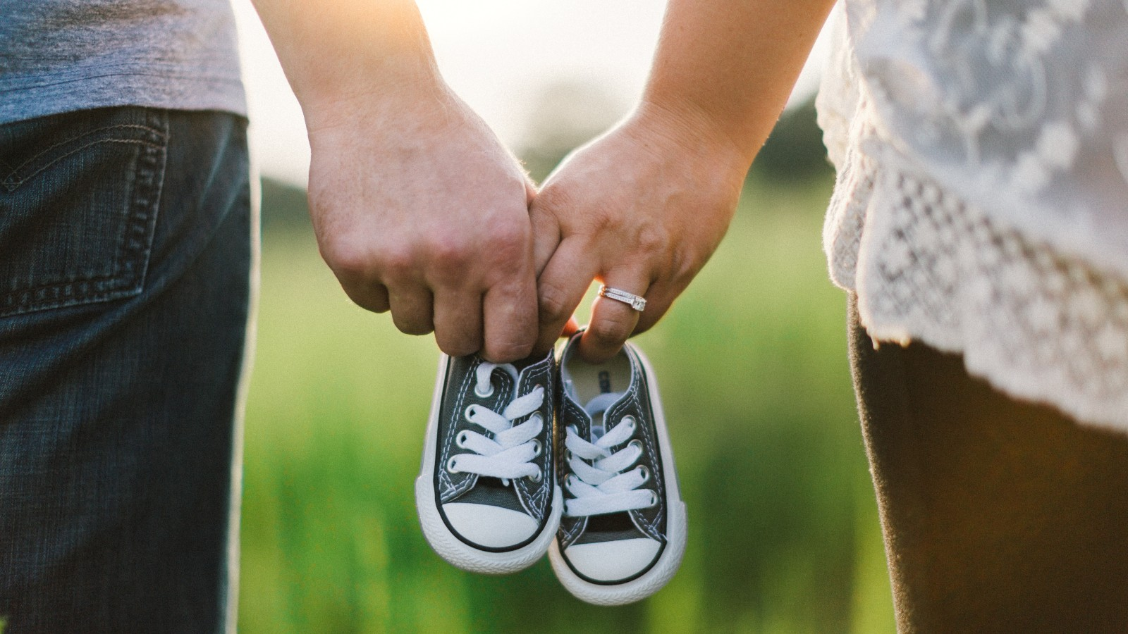 World's Largest Fertility Database Simplifies Surrogacy Journey