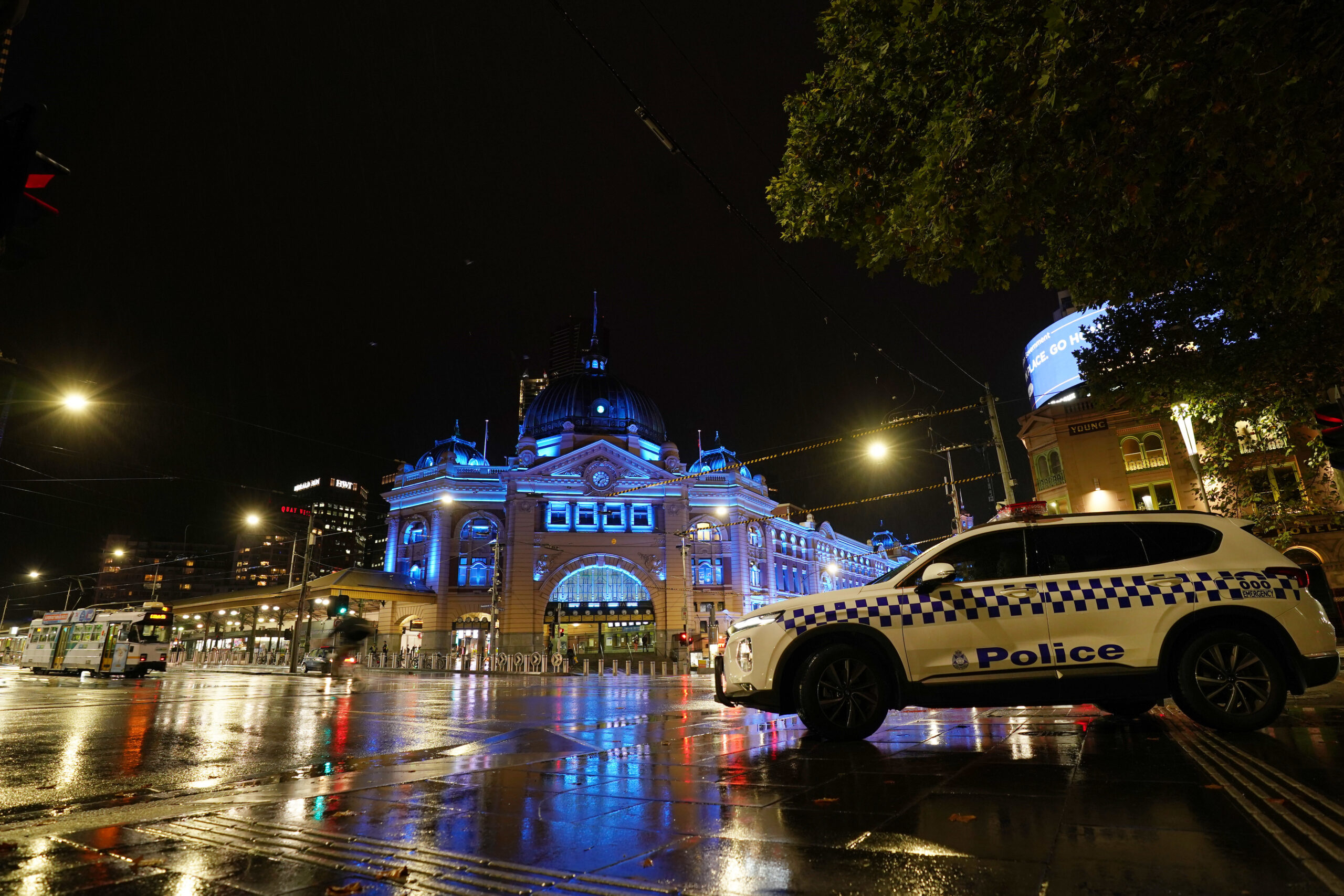 Landmarks To Light Up For Fallen Officers In Australia