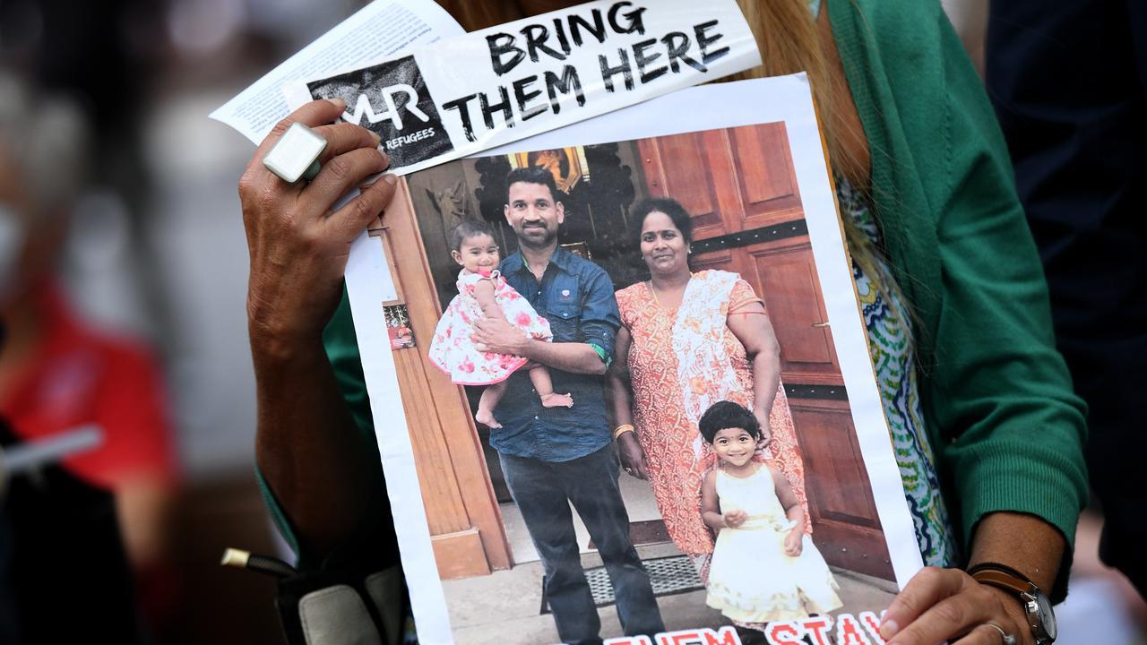Sri Lankan Tamil Family Struggling In Australia's Detention Center