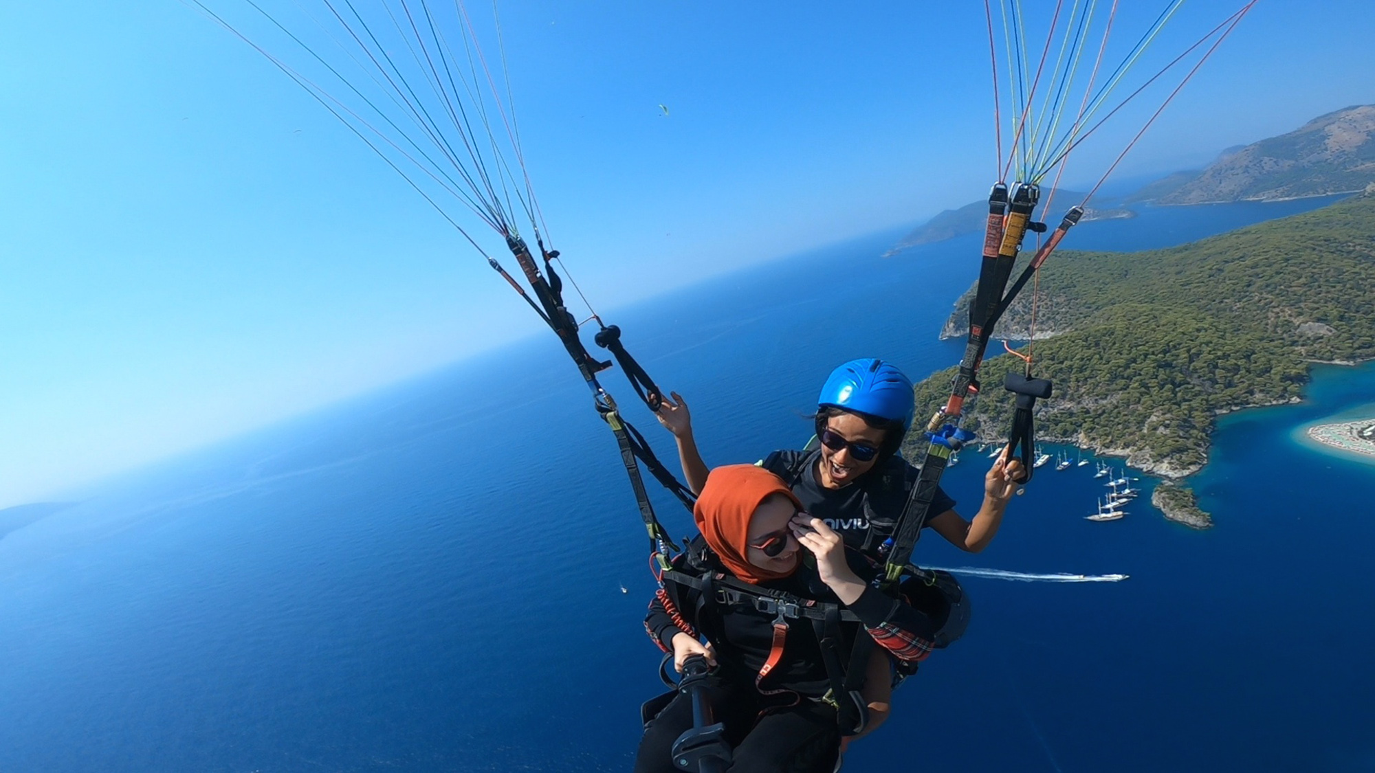 VIDEO: Sight For Soar Eyes: Paraglider's Miraculous Rescue Of Her Airborne Sunglasses