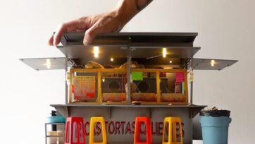 Si gustas una torta, este puesto no te va a quitar el hambre. Es arte en miniatura realizado por Yosafat Delgado. (Cortesía Yosafat Delgado @soy_yosa)