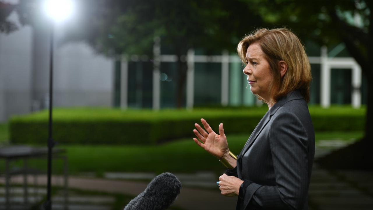 Australian Unions Fight Calls For Minimum Wage Delay