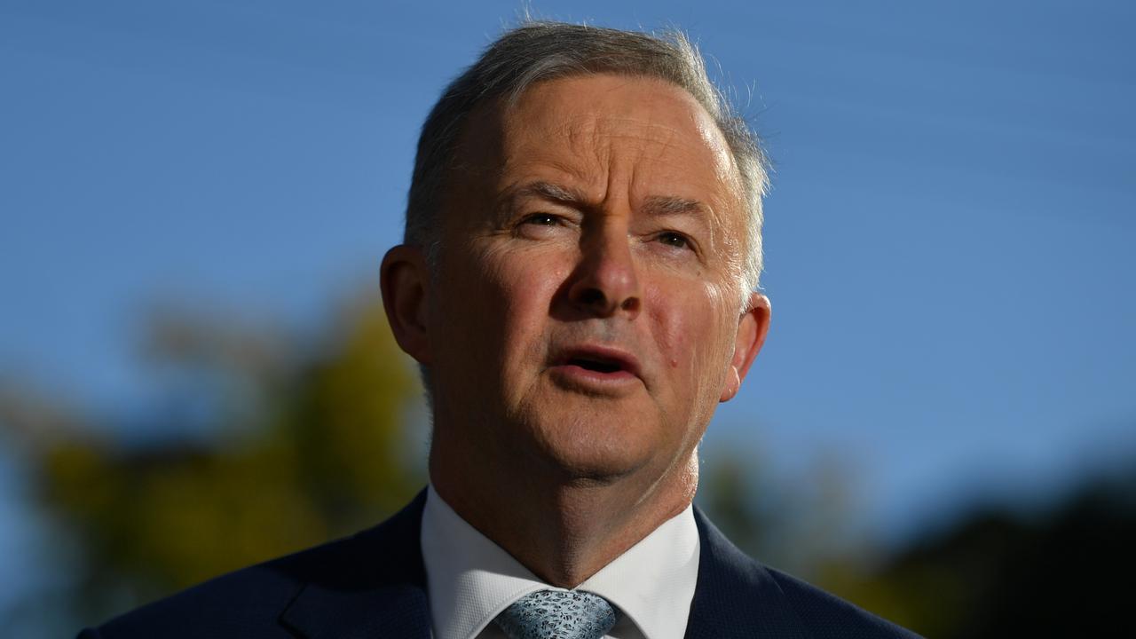 Change Constitution For Indigenous Australians: Labor Leader