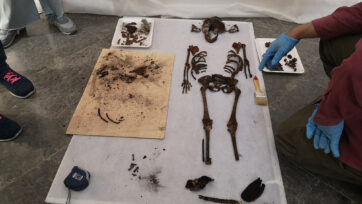 The remains of the girl found in the sarcophagus discovered in a chapel of a royal palace in Seville, Spain. (Ayuntamiento Sevilla/Real Press)