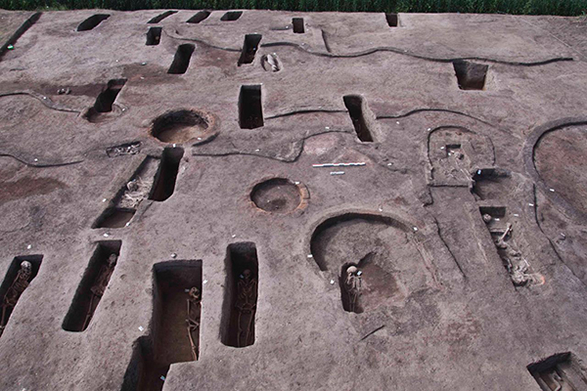 <p>More than 100 ancient burial tombs have been unearthed in the Koum el-Khulgan archeological site in Egypt. (Egyptian Ministry of Tourism and Antiquities/Real Press)</p>