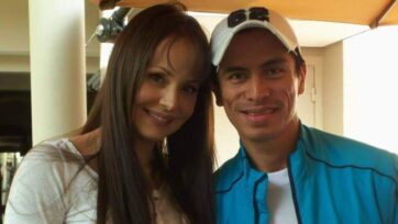 Jaffit Carrazco, periodista de sociales, posa al lado de Gabriela Spanic, reconocida actriz venezolana. (Cortesía Jaffit Carrazco)