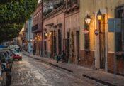 Franeleros: Mexican Urban Heroes Or Parking Mafia?