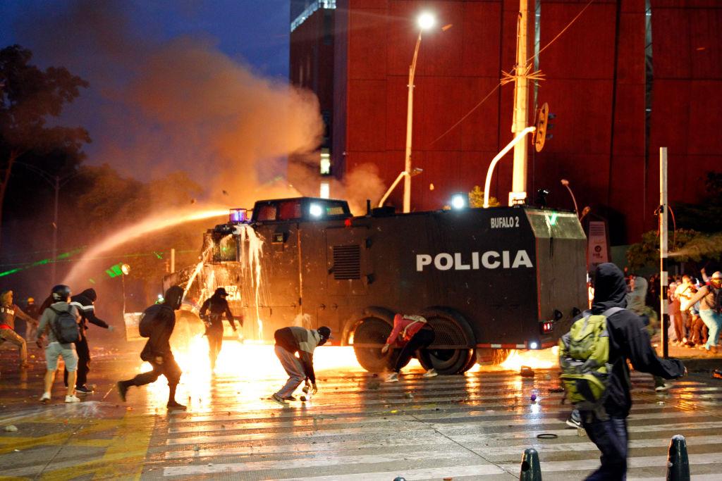 Protestas en Colombia dejan un saldo de 24 muertos y 914 heridos