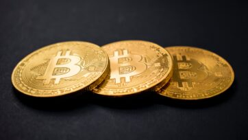 Smarter News Quiz: Bitcoin, Massages and Vaccine Lotteries