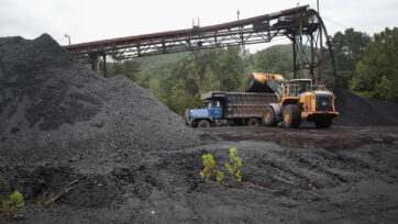 Coal Mining Jobs Drop 15 Percent In Eastern Kentucky In First Half Of 2019