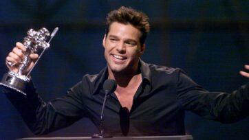 """La serie """"Behind the Music"""" regresará con historias sobre la vida de artistas de la música. Pronto presentará la historia del cantante puertorriqueño Ricky Martin. (Scott Gries/Getty Images)"""