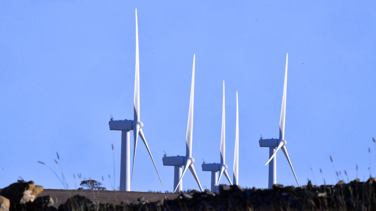 Aussies Put Emissions Above Bills: Survey