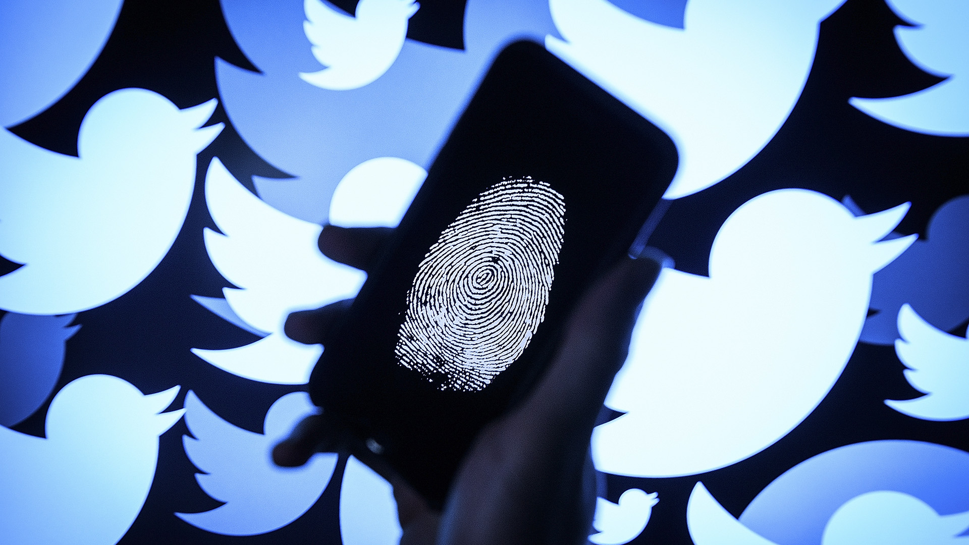 Elite Cops At Twitter India Offices For Tagging Ruling Party Tweets 'Manipulated Media'