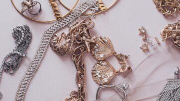 La creación de la joyería se basa en gran parte en la imaginación de los orfebres. (Martin de Arriba/Unsplash)