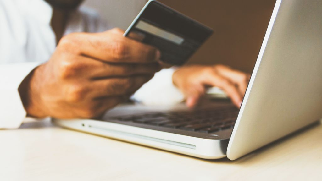 Adapt To The Digital World Or Die, Says The Hispanic Chamber Of Ecommerce