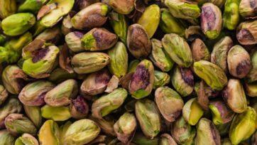 Los pistaches son una botana altamente nutritivo, además de considerarse de buen sabor. (Joanna Kosinska/Unsplash)