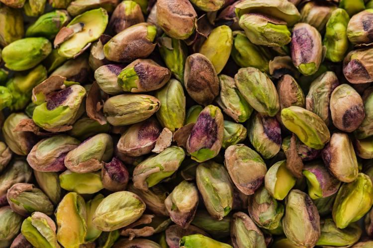 Los pistaches conforman una botana sana