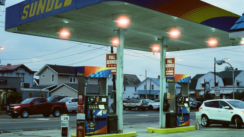 US Demand And Geopolitical Issues Push Retail Gas Prices Ever Higher