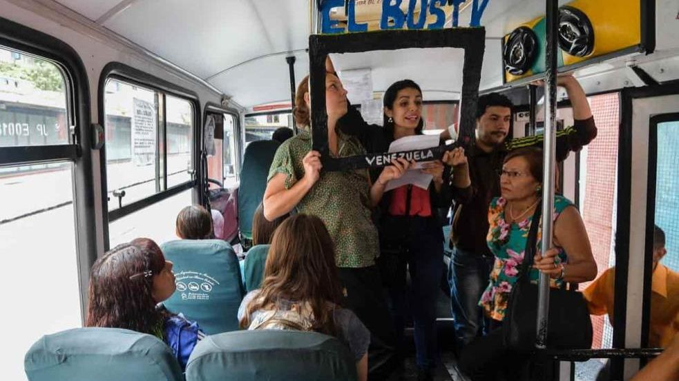 Off-Line Journalism Fights Censorship In Venezuela
