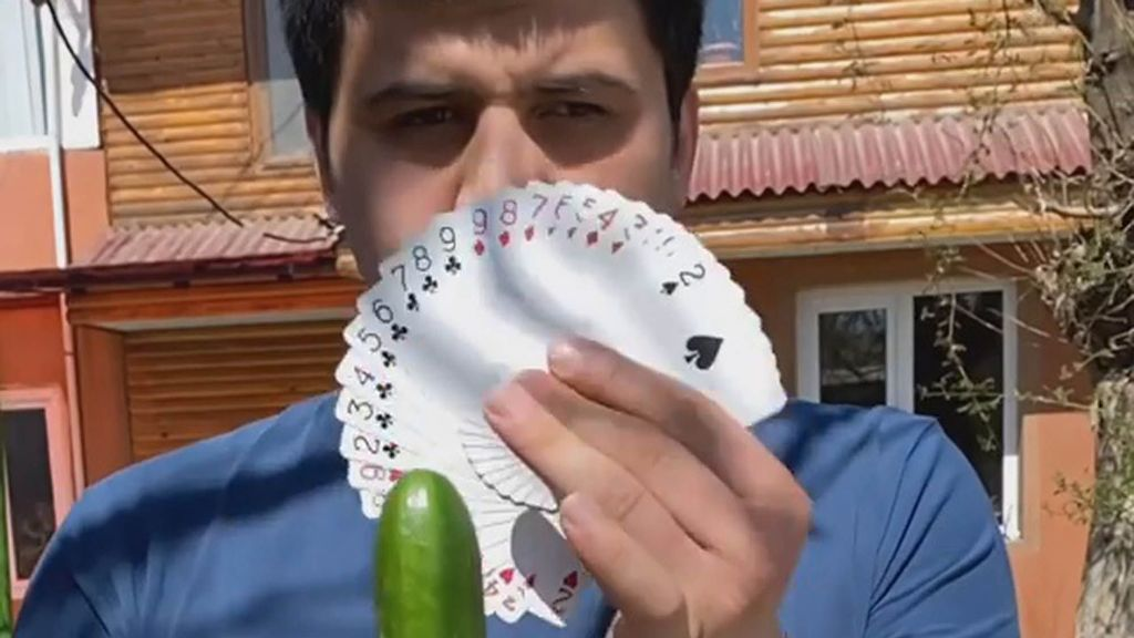 VIDEO: Would Cue Believe It? TikTok Star Cuts A Cucumber In Half With A Playing Card