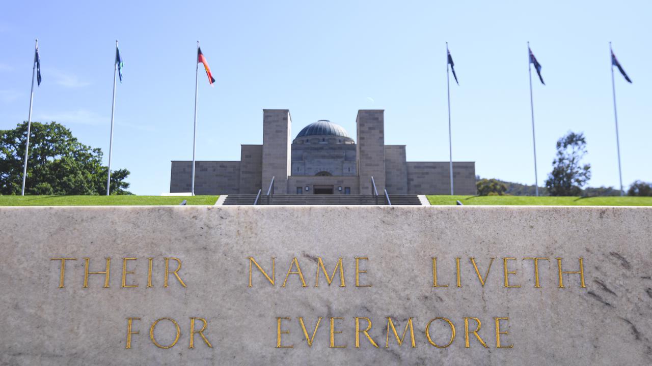 Australian Ex-defense Chief Blasts Memorial Approval