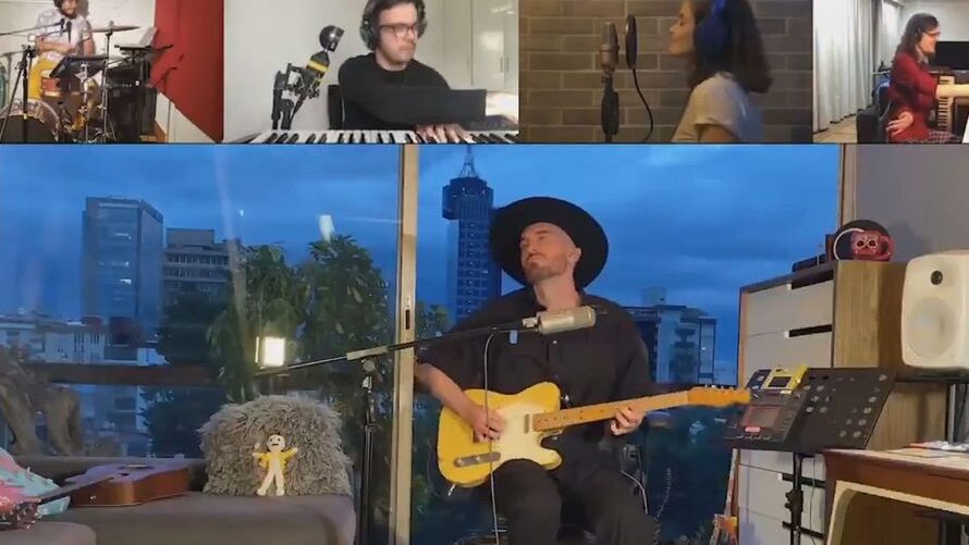 VIDEO: Spaced Out: Spooked Fans Spot UFO Dropping By As Band Livestreams New Track
