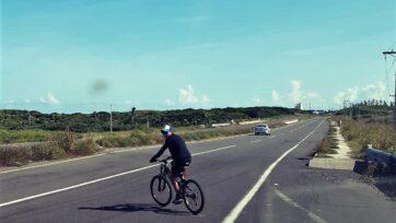 Las vías en México no están construidas pensando en los ciclistas. (Carlos Ramírez/Café Words)