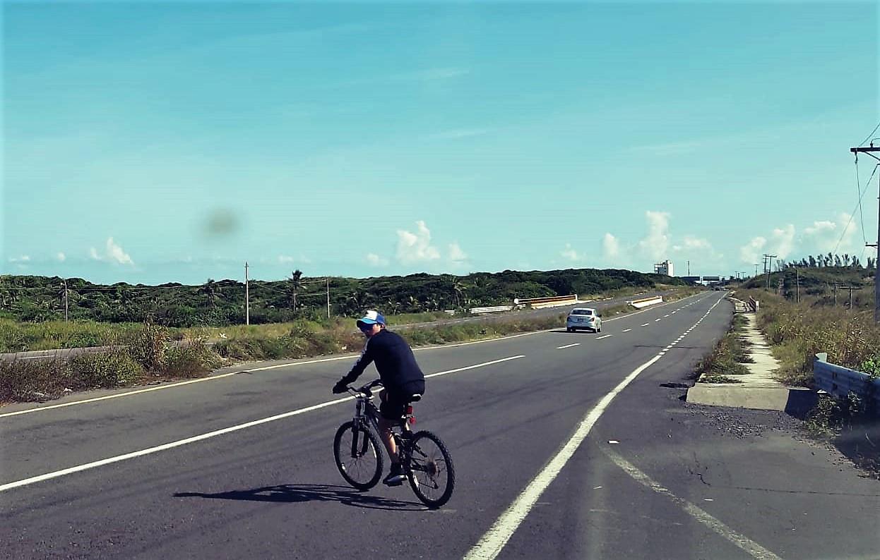 Ciclistas en México enfrentan peligro vial