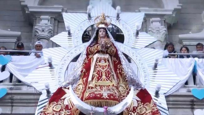 Virgen de la Puerta protegió contra piratas en Perú