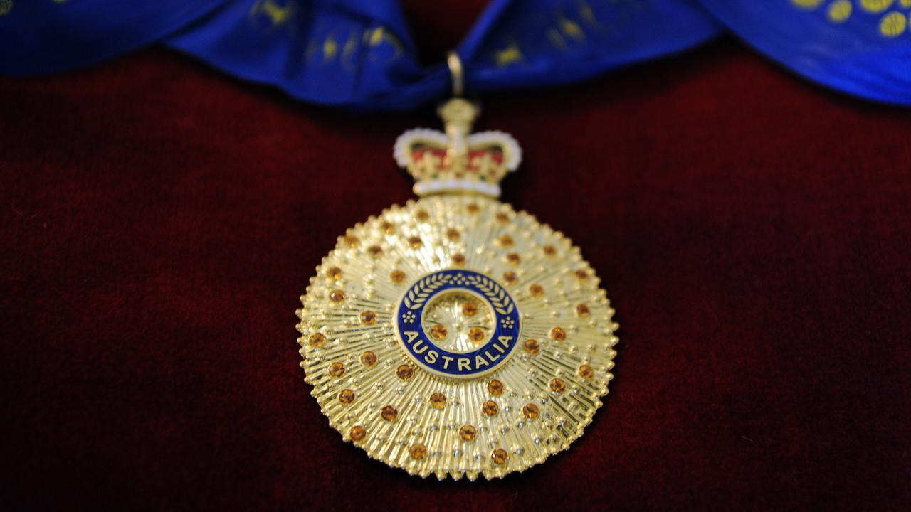 Australian State Artist Faked Honor Awards To Police
