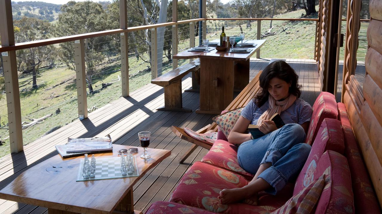 Mixed Lot For Australian Tourism In The Regions