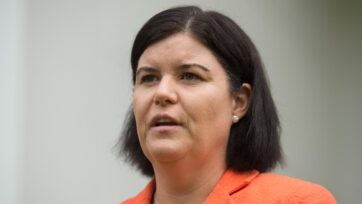 NT minister Natasha Fyles has revoked the water licence for a huge crop farm in central Australia.