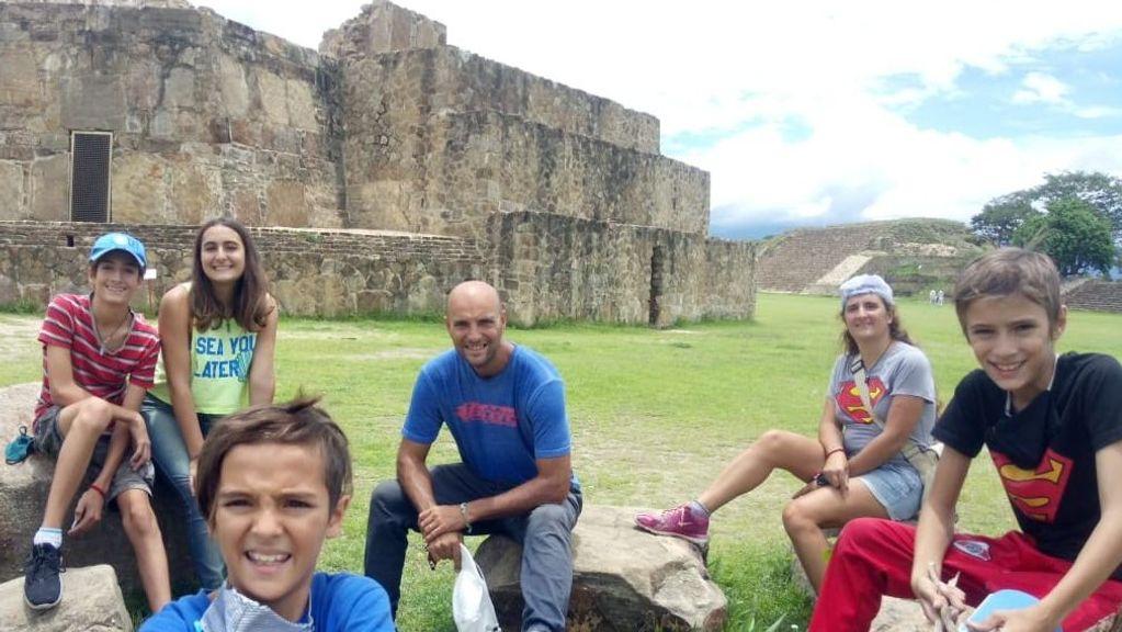 De la Patagonia a México: la familia que dejó todo para viajar en una caravana