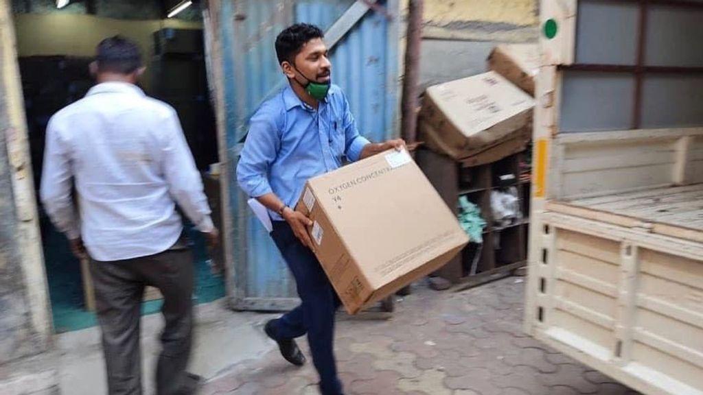 Israeli NGO Sends 3,800 Oxygen Concentrators To India