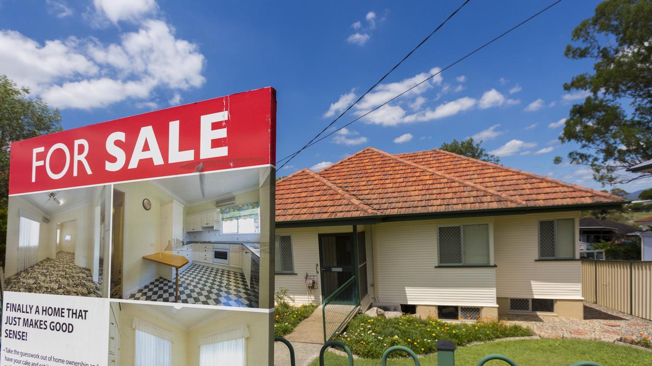 Royal Bank Of Australia Won't Use Rates To Cool Housing Market