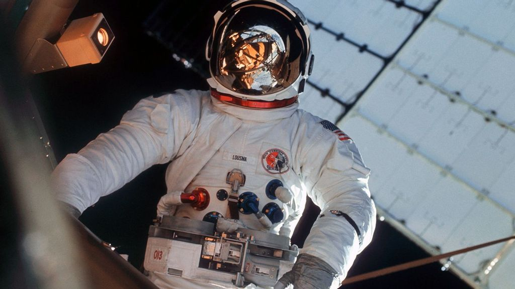 Remembering Skylab: How NASA's Forgotten Orbiter Pioneered Space (Then Crashed And Burned)