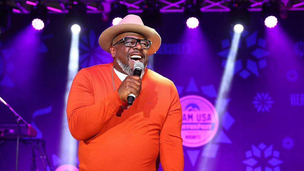 Cedric The Entertainer Set To Host 2021 Emmy Awards