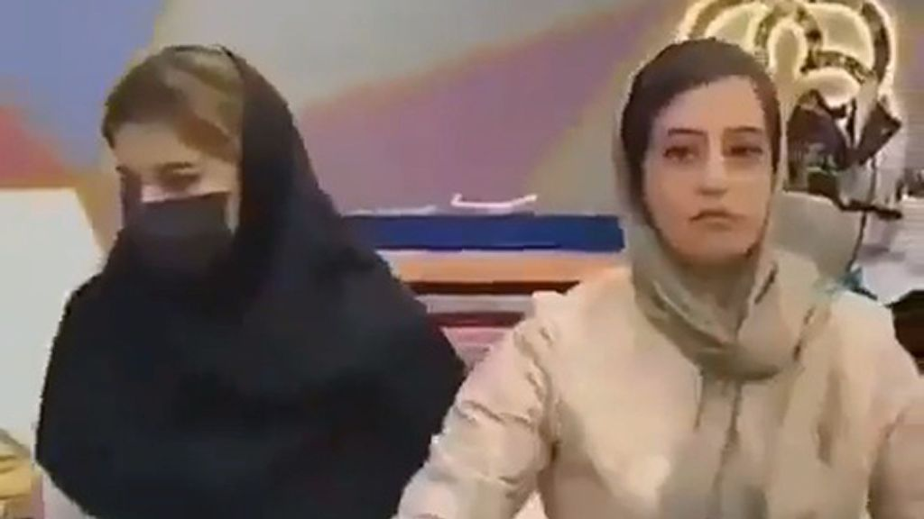 VIDEO: Iranian Police Seize Four Fashion Models For Posing Without Hijabs