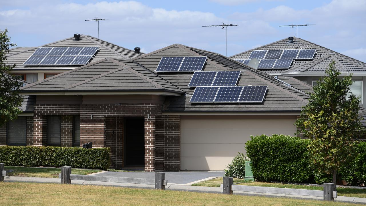 No Charge: Solar Powered Homes Can Cash In On Charging Storage Batteries