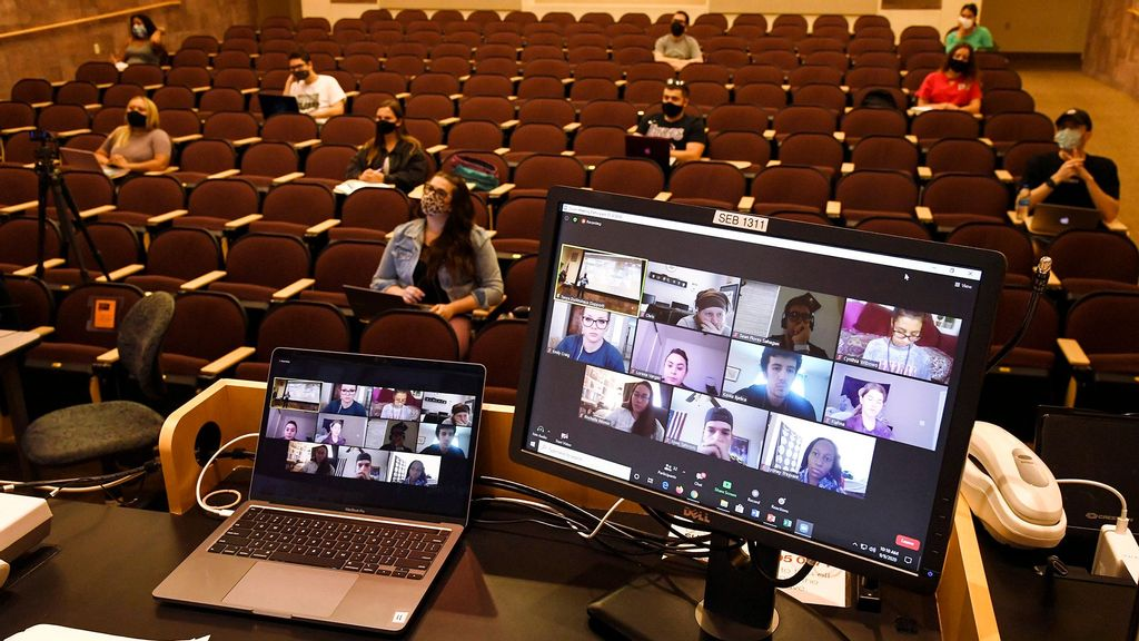 Study Finds Gap Between Students Who Attend High School Remotely Vs. In Person