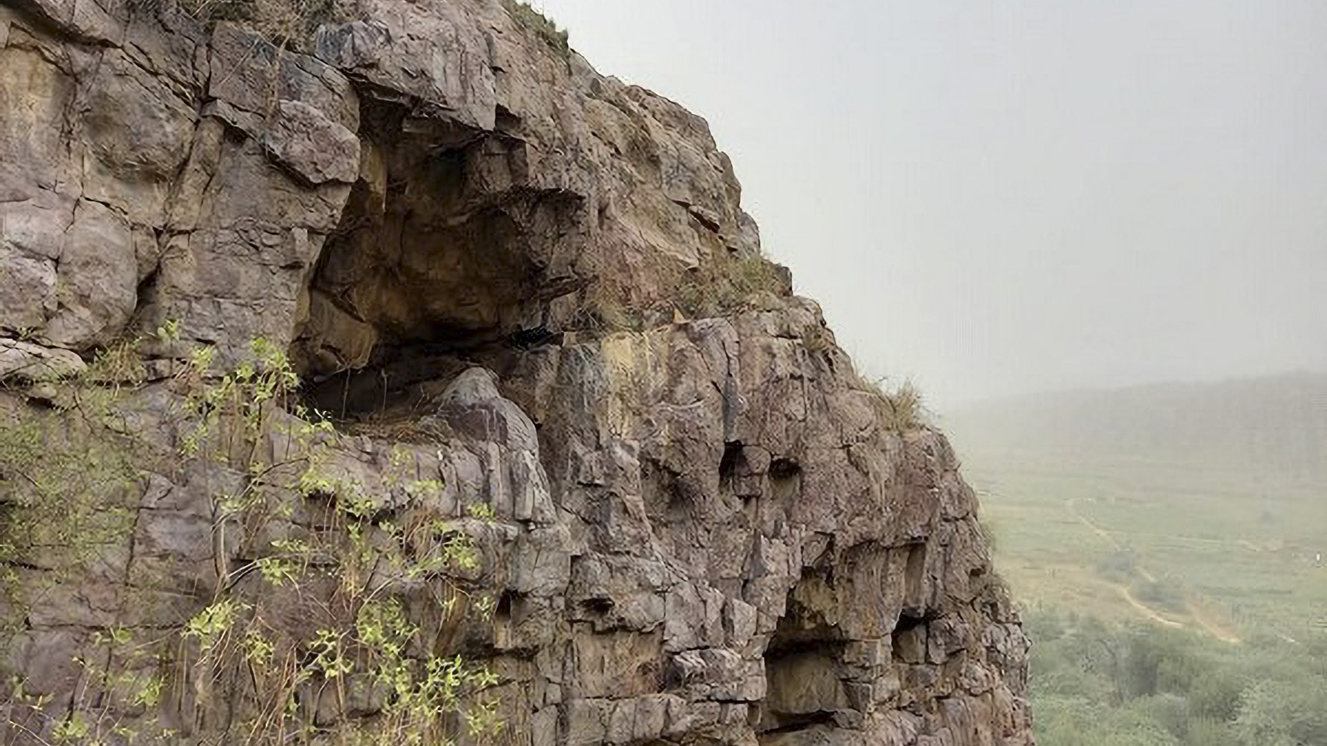 Paleolithic Site, Possibly Largest In Indian Subcontinent, Spotted