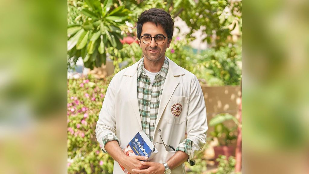 """Ayushmann Khurrana Shares His First Look From """"Doctor G"""""""
