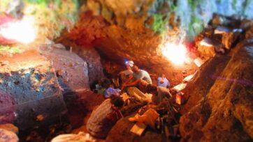 Excavations in the Satsurblia Cave in Georgia. (Anna Belfer-Cohen/Zenger)