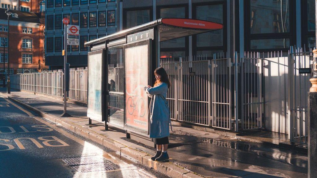 <p>Startup Optibus uses AI and optimization to improve public transportation across the world. (Johen Redman/Unsplash)</p>