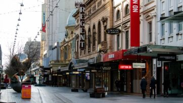 The SA government will give emergency payments to small businesses forced to close during lockdown.