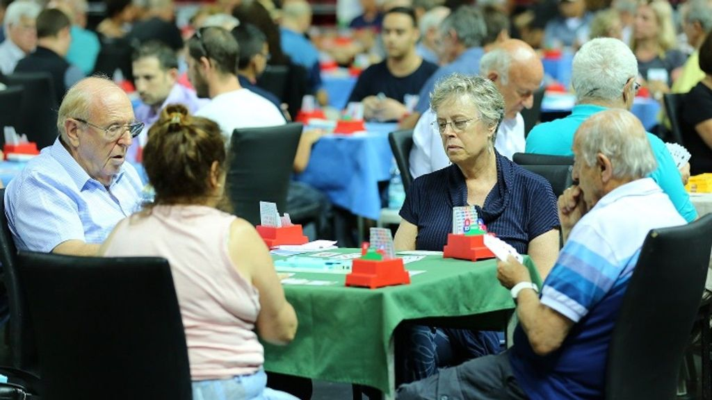 New Study Shows Playing Bridge Is Mood-Booster And Stress-Buster