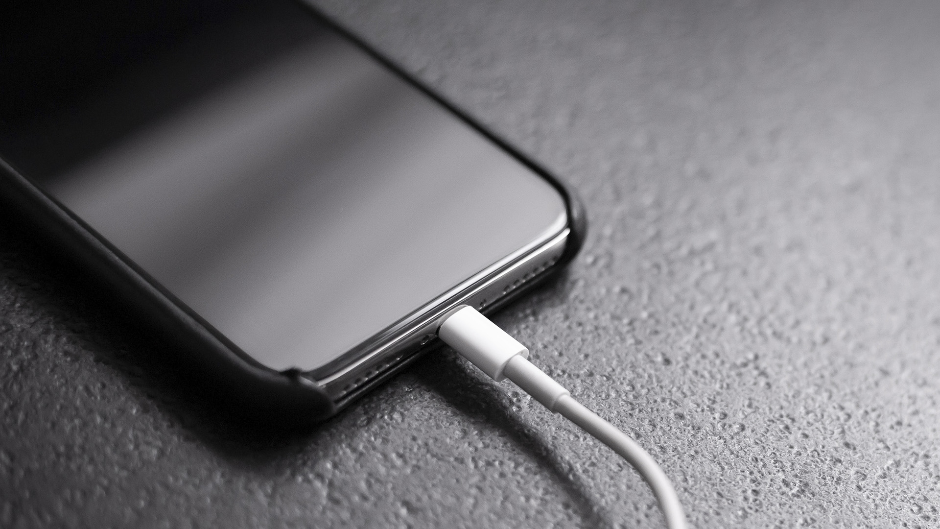 Apple's IPhone 13 Series Could Feature 25-Watt Wired Fast Charging