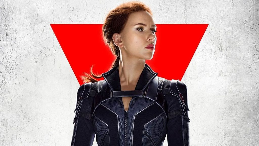 """Scarlett Johansson Shares Anecdote About Taking Back """"Black Widow"""" Role After Emily Blunt Left"""