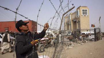 Chaotic Pakistan Border Highlights Security Threat In Afghanistan