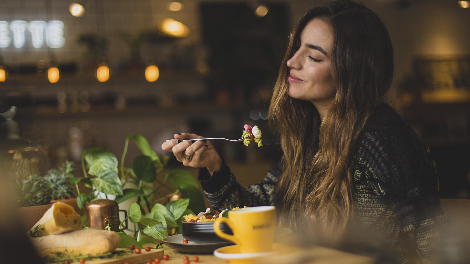 Eating For Hunger Or Pleasure? Regulating Feeding Behaviors Involves Different Brain Circuits